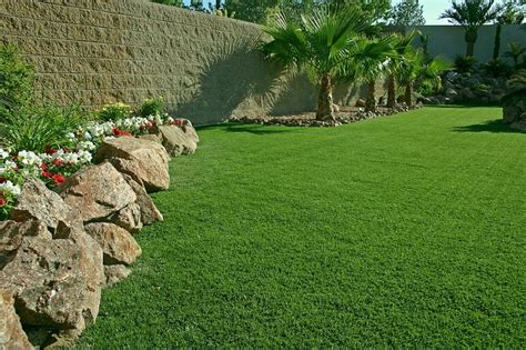 maintenance free backyard pictures of backyard putting greens synthetic turf