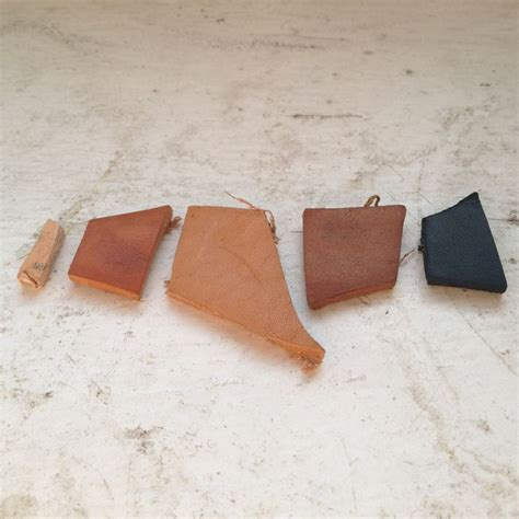 How To Dye Leather by 1000 Ideas About Leather Dye On Leather