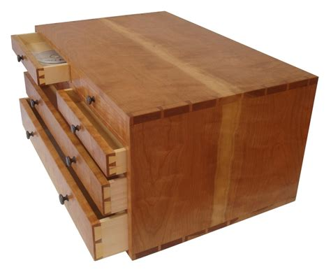 tommy mac style toolbox  pine  pinebox  lumberjocks