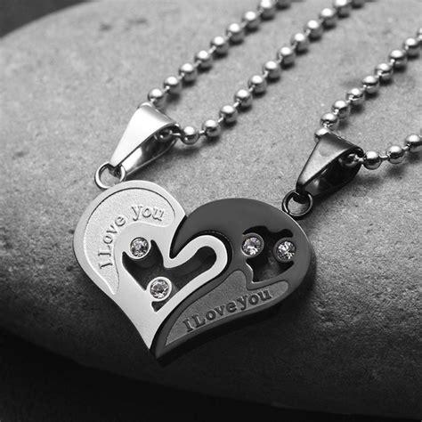 Evermarker Heart Couple Necklaces Titanium Steel ? EverMarker