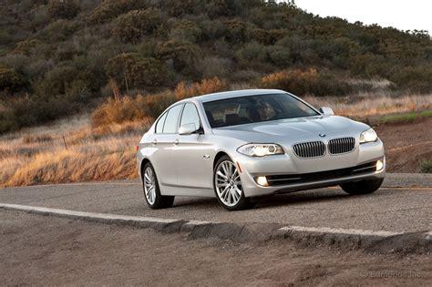 2011 infiniti m56 horsepower insideline 2011 infiniti m56 vs 2011 bmw 550i