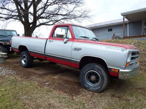 purchase used 1988 dodge w150 base standard cab 2