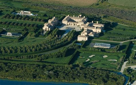 richest 14 luxury billionaire homes around the world