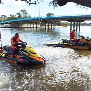dragon boat gold coast woman s body found after falling off dragon boat in gold