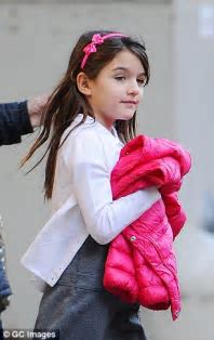 Katie Holmes and Tom Cruise 'left Suri to cry on bathroom
