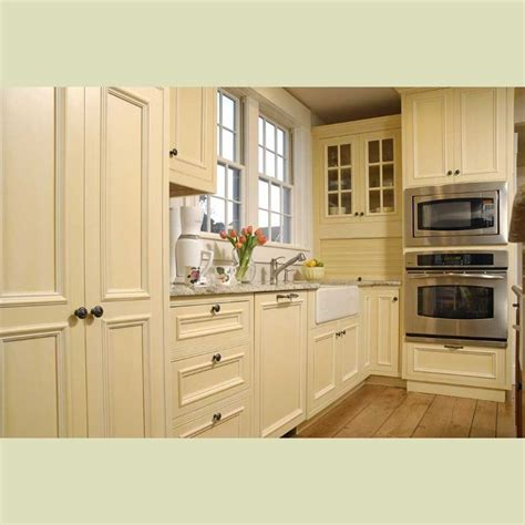 cream colored kitchen cabinets best 25 cream colored kitchens ideas on pinterest cream