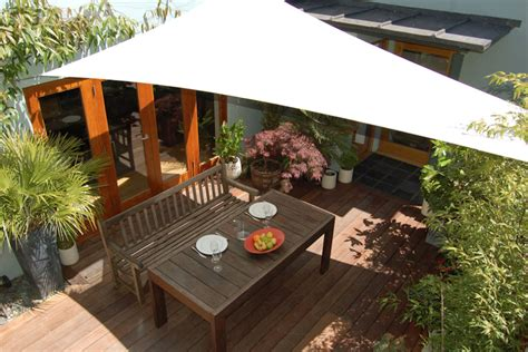 sun shade awnings choosing a retractable awning covering all the options