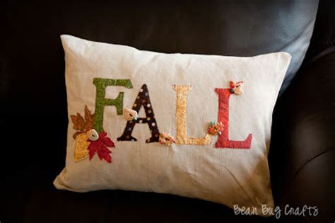 Applique Pillow by Beanbugcrafts Easy Fall Applique And Envelope Pillow Cover