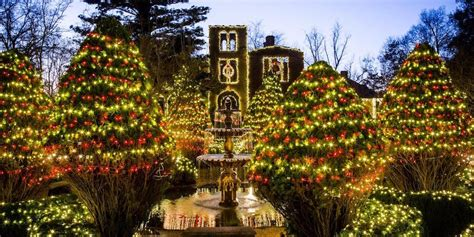 america christmas light set up the most outrageous light displays in america business insider
