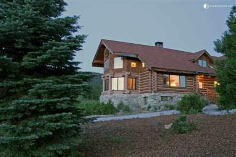 Cabin Rentals In California by 9 Cozy Cabins In Northern California For The