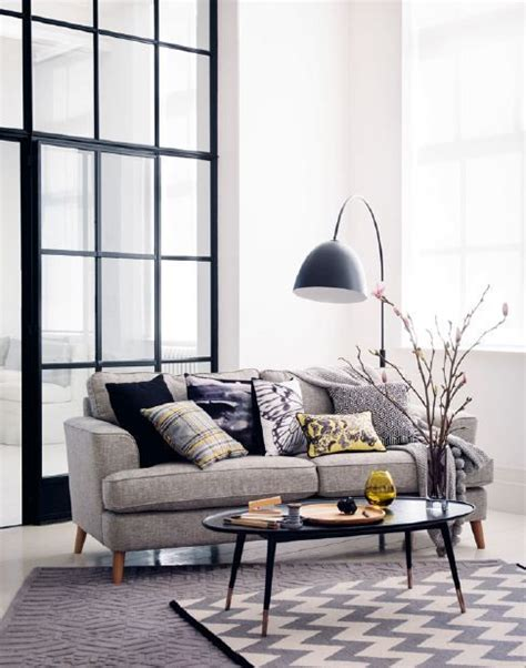 Living Rooms With Grey Sofas Best 25 Grey Sofa Decor Ideas On Pinterest Living Room Decor Grey Sofa Grey Sofas And Beige