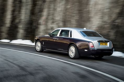rolls royce phantom rear 2018 rolls royce set to make u s debut at detroit s the