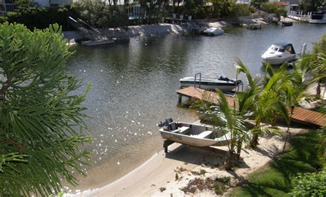 barbie boat noosa queensland villa 519 sailing by boat and kayaks from