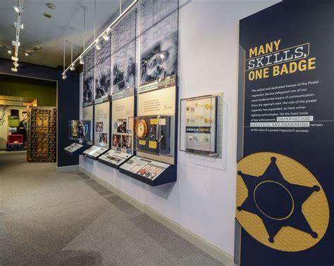 design photo wall display best 25 museum exhibition design ideas on pinterest