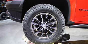 Colorado Trail Tire Size 2017 Chevrolet Colorado Zr2 Ready To Chew Up Trails Driving
