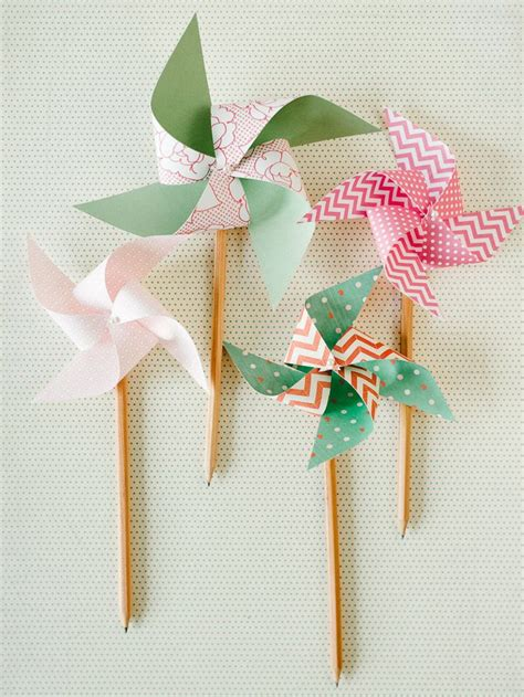 How To Make Paper Windmill Fans - best 20 pinwheel decorations ideas on paper