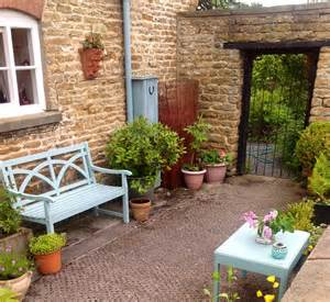 Small Courtyard Garden Ideas Small Walled Garden Courtyard Garden Ideas