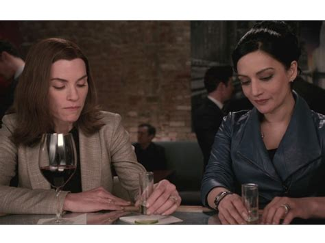 does julianna margulies hate archie do good wife stars julianna margulies and archie panjabi