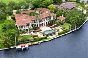 waterfront homes florida waterfront properties a fast catching up real estate trend