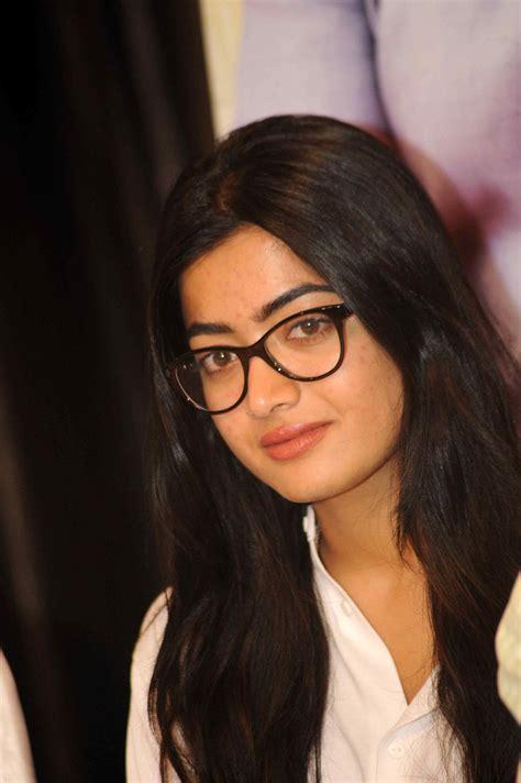 actress rashmika photos actress rashmika mandanna latest photos 2 south