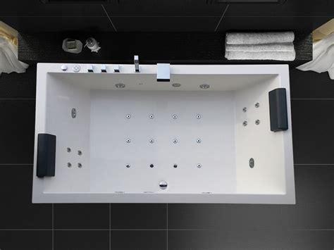baignoire d hydromassage m2