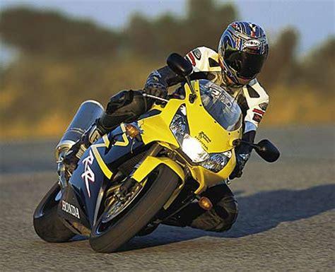 Motorrad Aus Dem Film Blade by Honda Cbr 900 Rr Fireblade Tourenfahrer Online