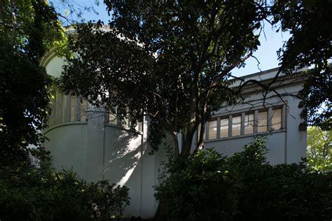 pavillon venedig mehrdeutiger hybrid bungalow germania auf der biennale in