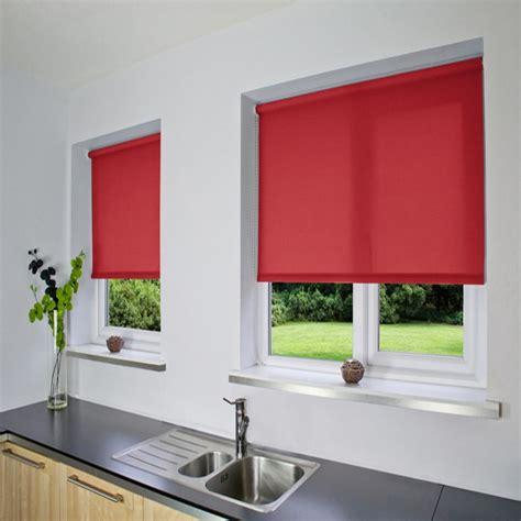 tende a rullo lavabili tenda a rullo su misura e lavabile colore rosso
