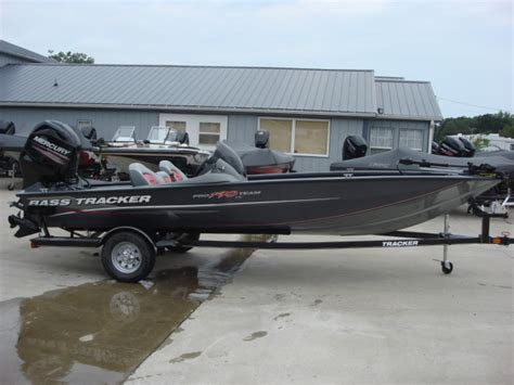 tracker boats jobs bolivar mo used boats for sale oodle marketplace