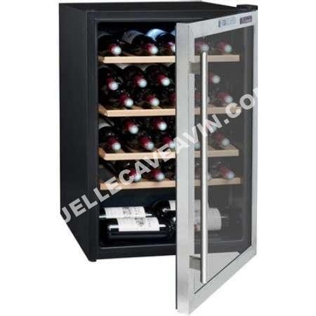 armoire a vin la sommeliere cave 224 vin la sommeliere cvdd 51 b au meilleur prix