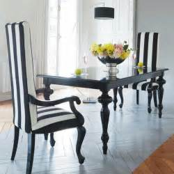 Black And White Dining Room Sets by 21 Black And White Traditional Dining Areas Digsdigs