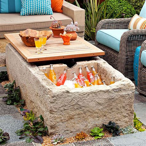 Remodelaholic Brilliant Diy Cooler Tables For The Patio Patio Table With Cooler