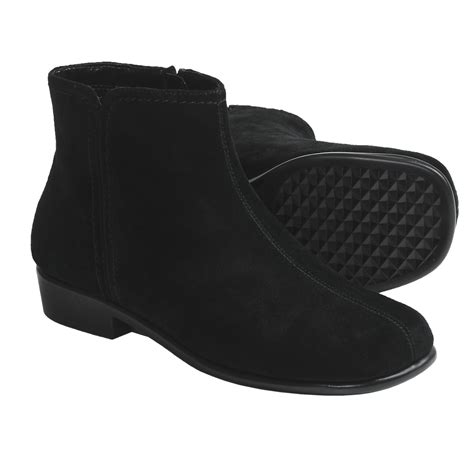 aerosoles duble trouble ankle boots suede for