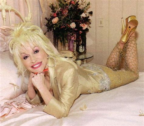 Photo Shoot Hello Dollie by 1732 Best Dolly Parton Images On Country