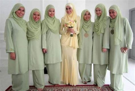 koleksi tema warna  design baju bridesmaids blog
