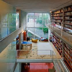 picture of contemporary house with a large library