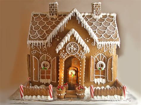 gingerbread house large gingerbread house pictures photos and images for facebook tumblr pinterest