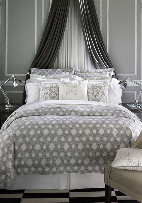 drapes behind headboard 25 best ideas about curtain behind headboard on pinterest