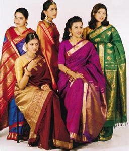 memakai kain sari mademoiselle s talks kain sari india be trendding with