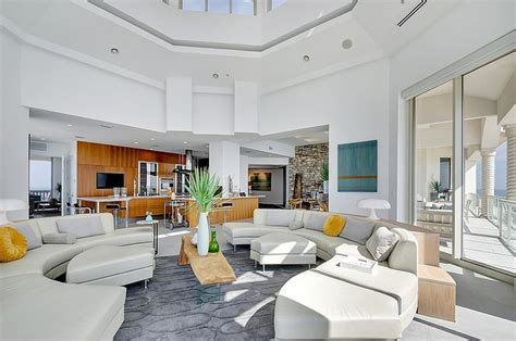 florida interior des staggering florida penthouse with complex design features