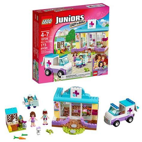 Lego Junior 10728 S Vet Clinic lego juniors 10728 s vet clinic entertainment earth