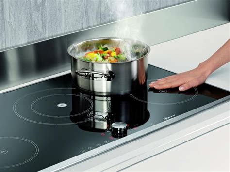 lai sh capacitor induction hob harvey norman 28 images euromaid 60cm 4 burner induction cooktop cooktops