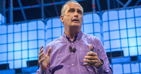 intel s ceo sold a ton of stock after finding out about