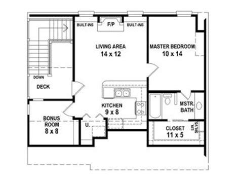 Garage Apartment Plans Carriage House Plan With Double Garage Apartt Floor Plans 24x40