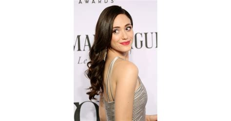 Gorgeous Makeup At The Emmys 2 by Emmy Rossum Stop And Stare Karlie Kloss Is A Bronzed