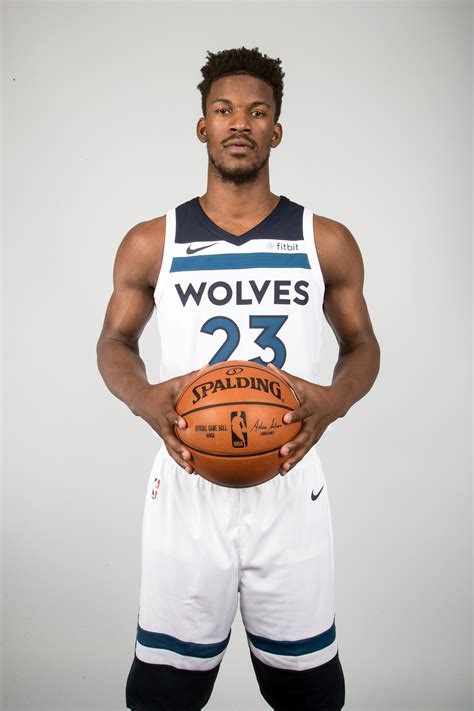 Kurie One Media Day look butler poses in new timberwolves threads for 1st