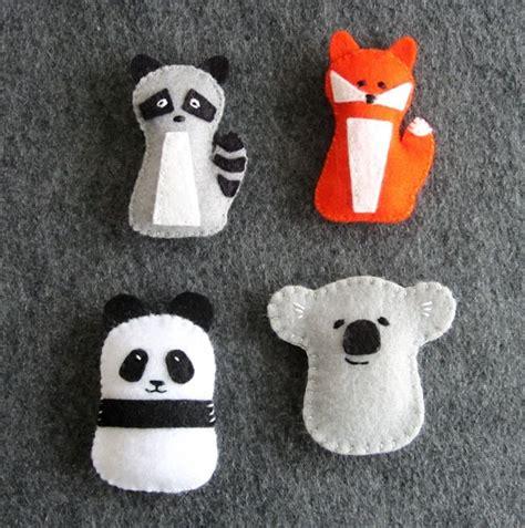 free pattern felt toys panda koala fox raccoon pdf sewing tutorial felt toys