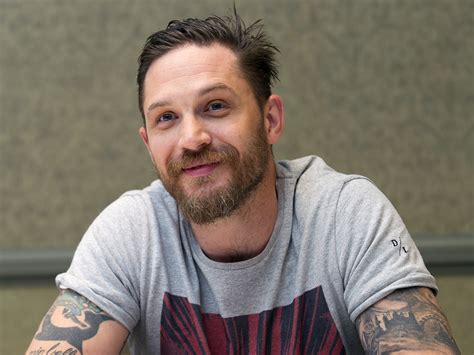 tom hardy tom hardy issues open letter response to criticism from journalist who branded him a