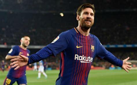 lionel messi records barcelona 3 0 chelsea messi and costa combine to delete conte
