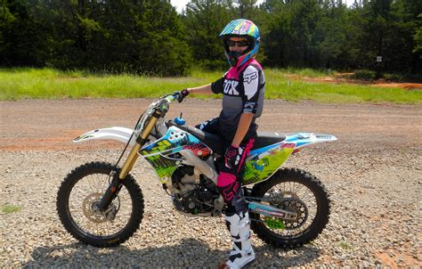 Girls Racing Dirt Bikes Www Pixshark Com Images